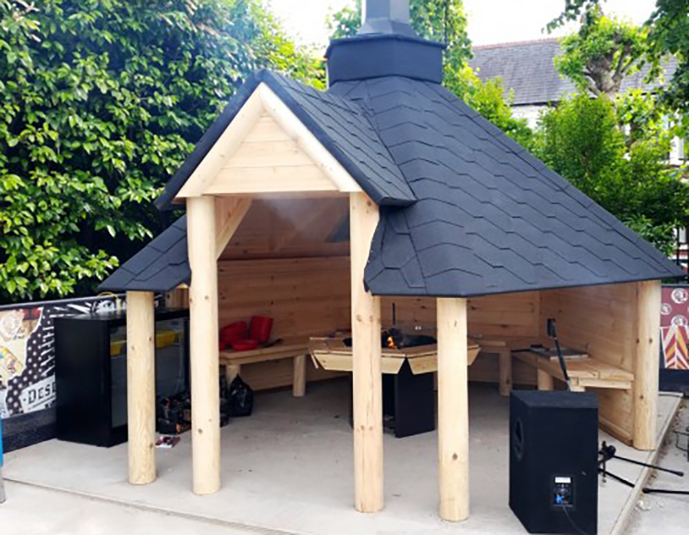 9.2 m² Open Grill Cabin